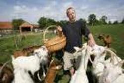 farmář a jeho kozy.jpg